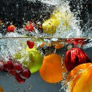 Trái cây và rau quả không hữu cơ