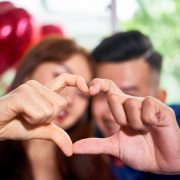dấu hiệu bạn đang yêu